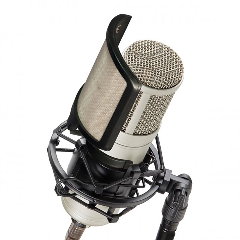Signature VOXTAKER100 Large-diaphragm Studio Microphone with Cardioid Polar Pattern